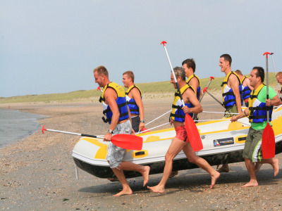 Sportief weekend in Zeeland met 2 dagen powerkiten, raften, suppen en diverse beachsports.